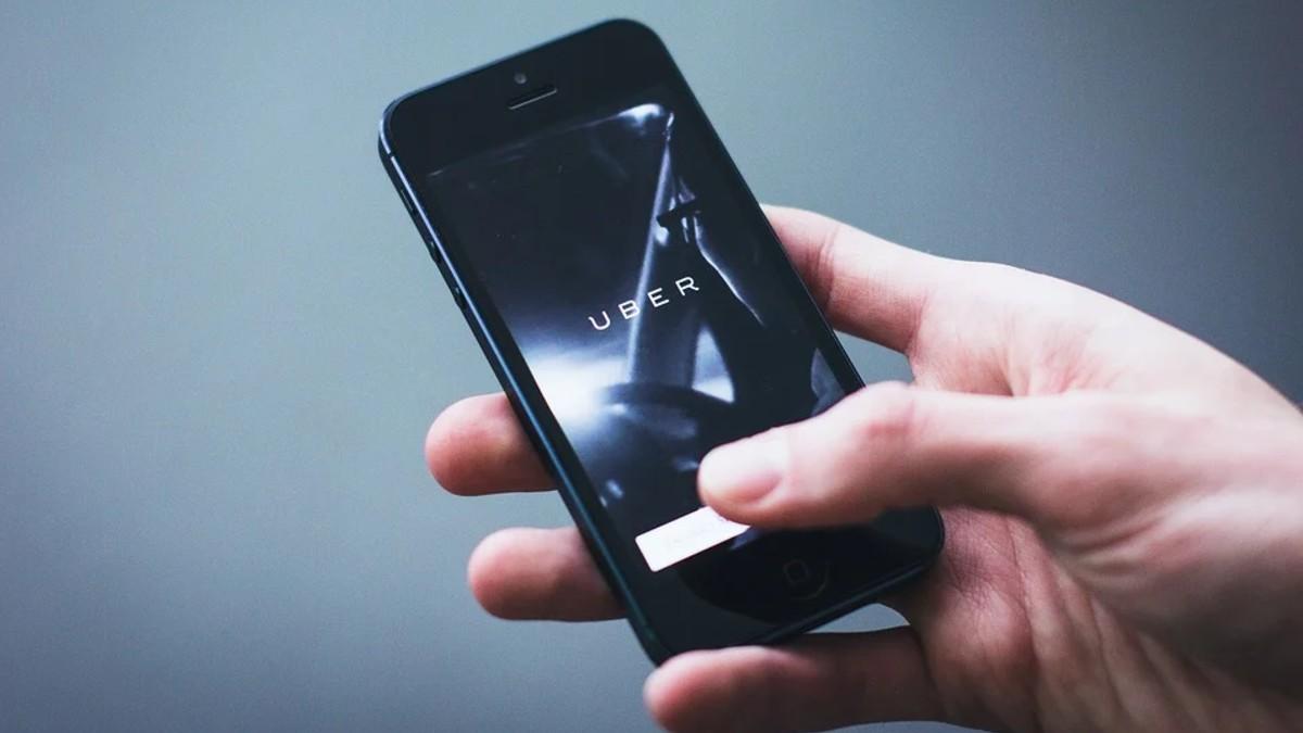 España pone a prueba «app» para controlar rebrote en la isla de La Gomera