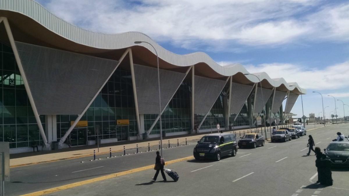 Organizaciones solicitan cuarentena total en provincia de Loa incluyendo cierre del aeropuerto