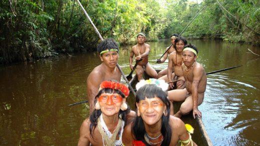 Indígenas del Amazonas denuncian al Estado de Ecuador por falta de protección
