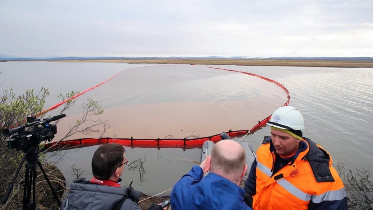 Rusia declara estado de emergencia tras derrame de combustible en central termoeléctrica