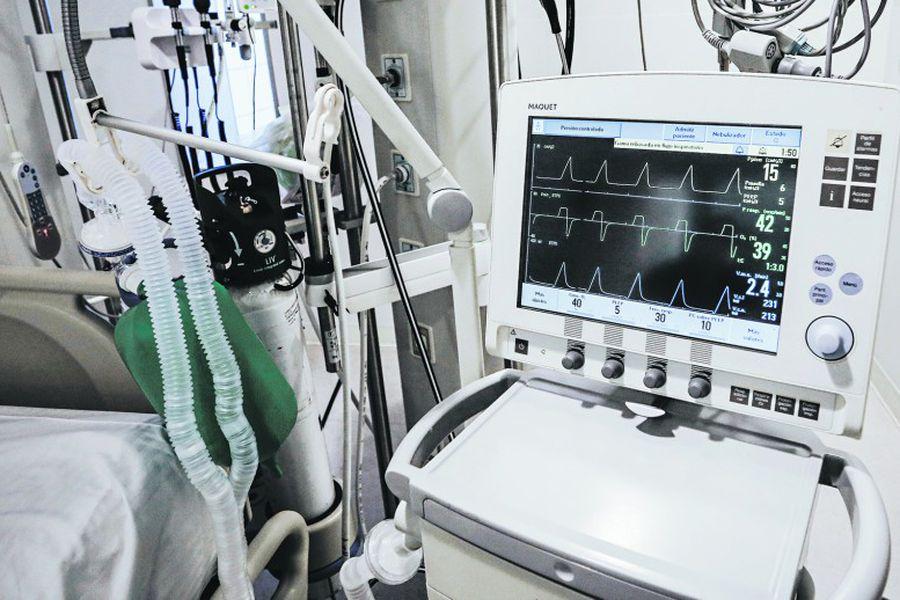 Valdivia: Hospital Base refuerza atención con 3 nuevos ventiladores mecánicos