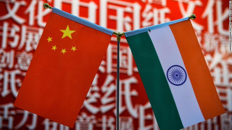 La India suspende los permisos de sus militares por tensiones con China