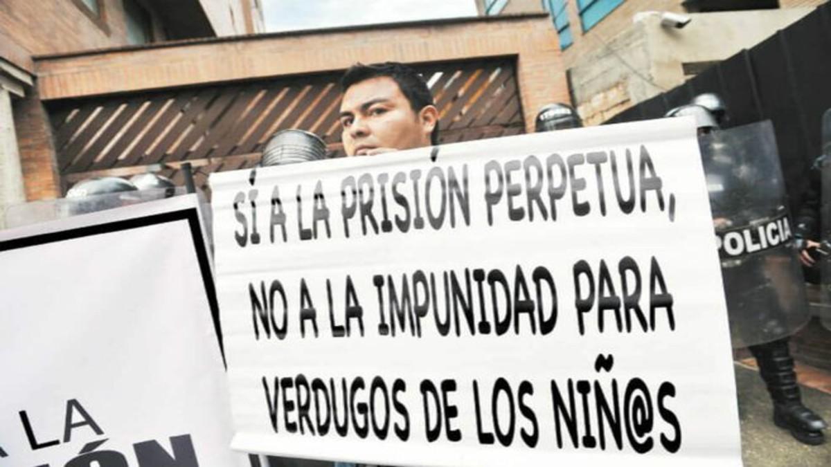 Senado colombiano aprobó cadena perpetua a pederastas