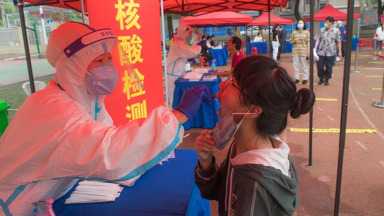 En 19 días Wuhan realizó cerca de 10 millones de test de covid-19