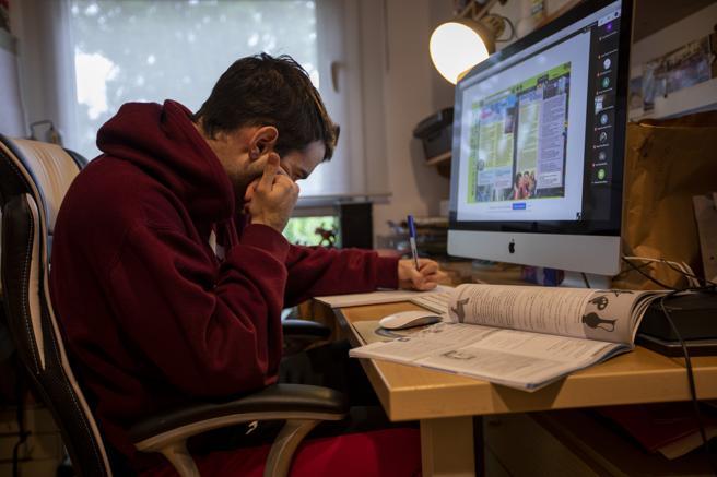 Distanciamiento social afecta salud mental de adolescentes: una población en alto riesgo