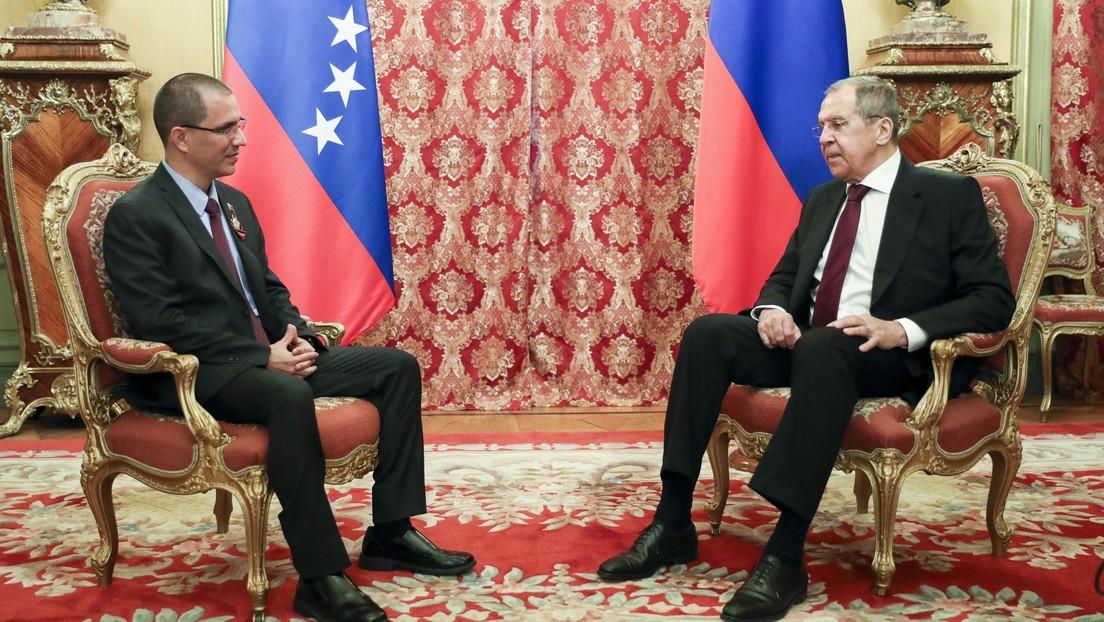 Rusia ratifica apoyo a Maduro en el desarrollo del diálogo con la oposición