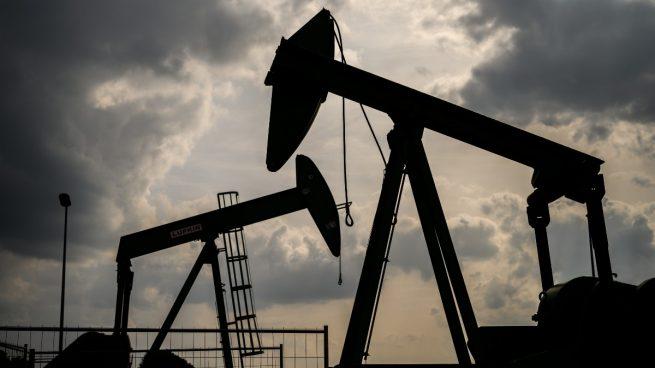 La OPEP y sus aliados amplían hasta el 31 de julio recorte de la producción de petróleo