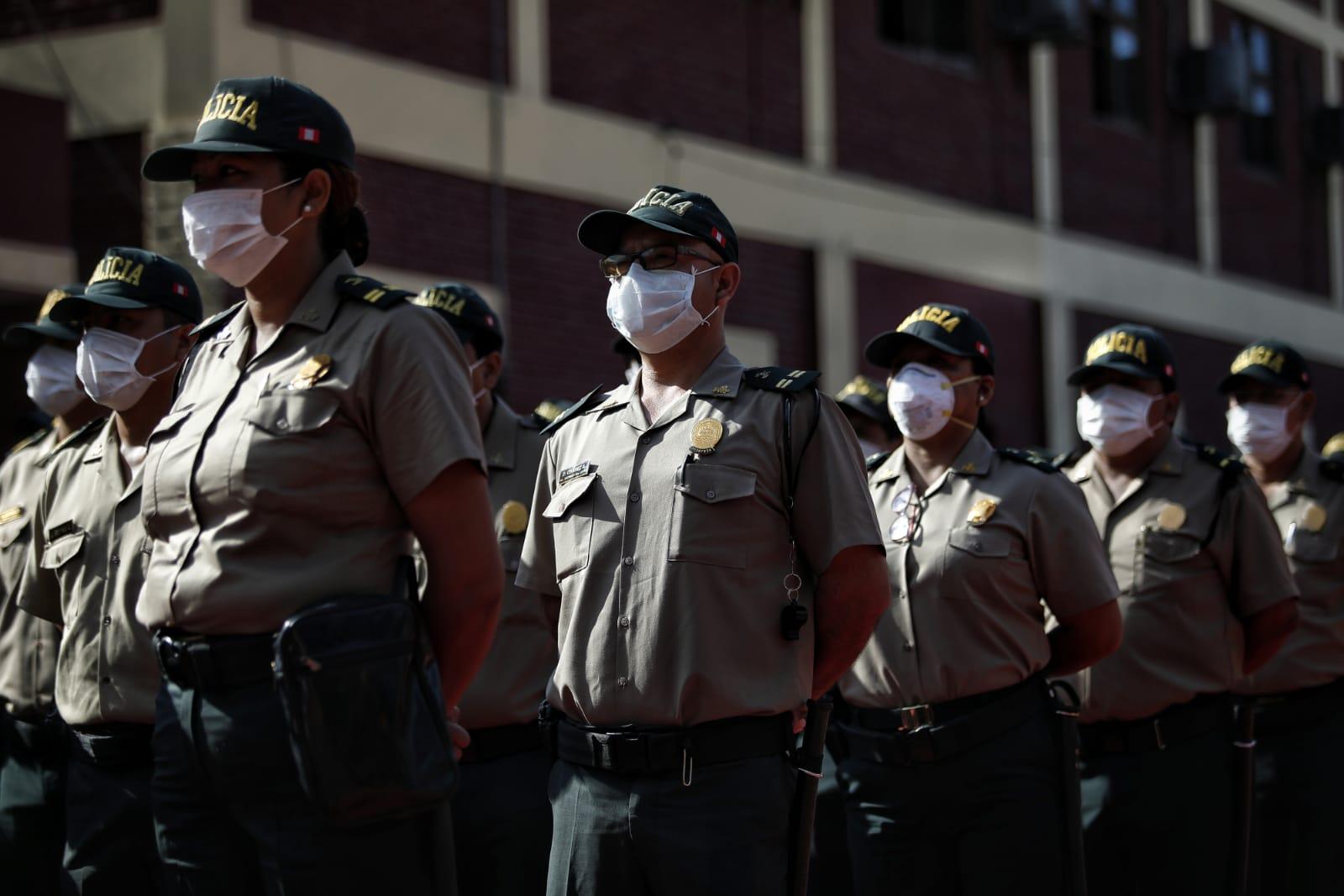 Defensoría de Perú solicita ayuda para policías con covid-19