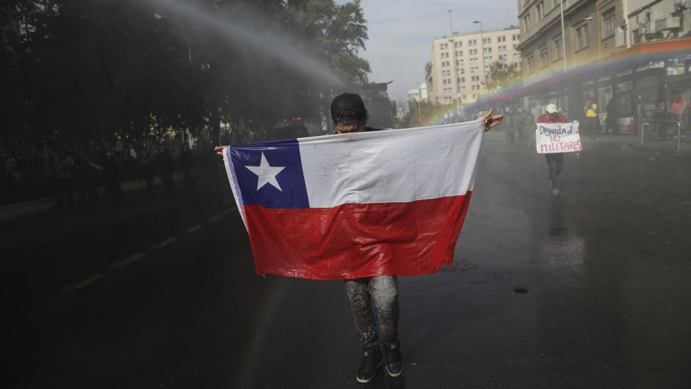 Cátedra de Derechos Humanos de la U. de Chile e instituciones de DDHH realizan balance a más de un año del estallido social