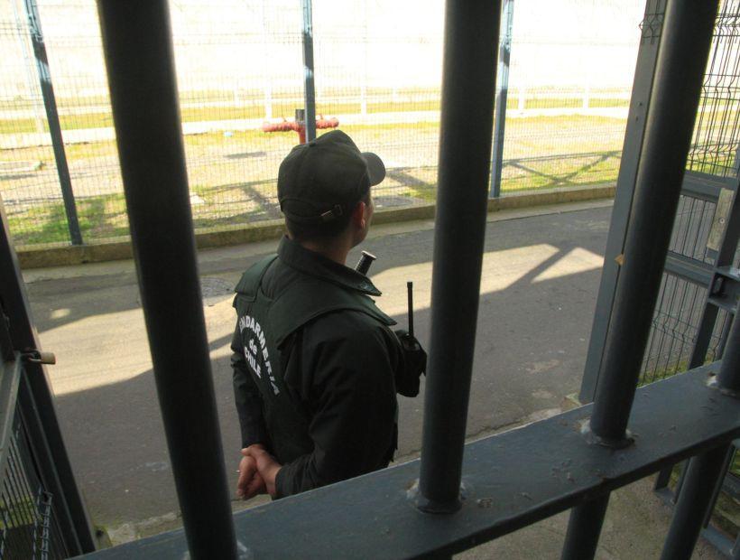 Menor de edad preso de la revuelta en un CIP del SENAME sufrió golpiza por parte de Gendarmería