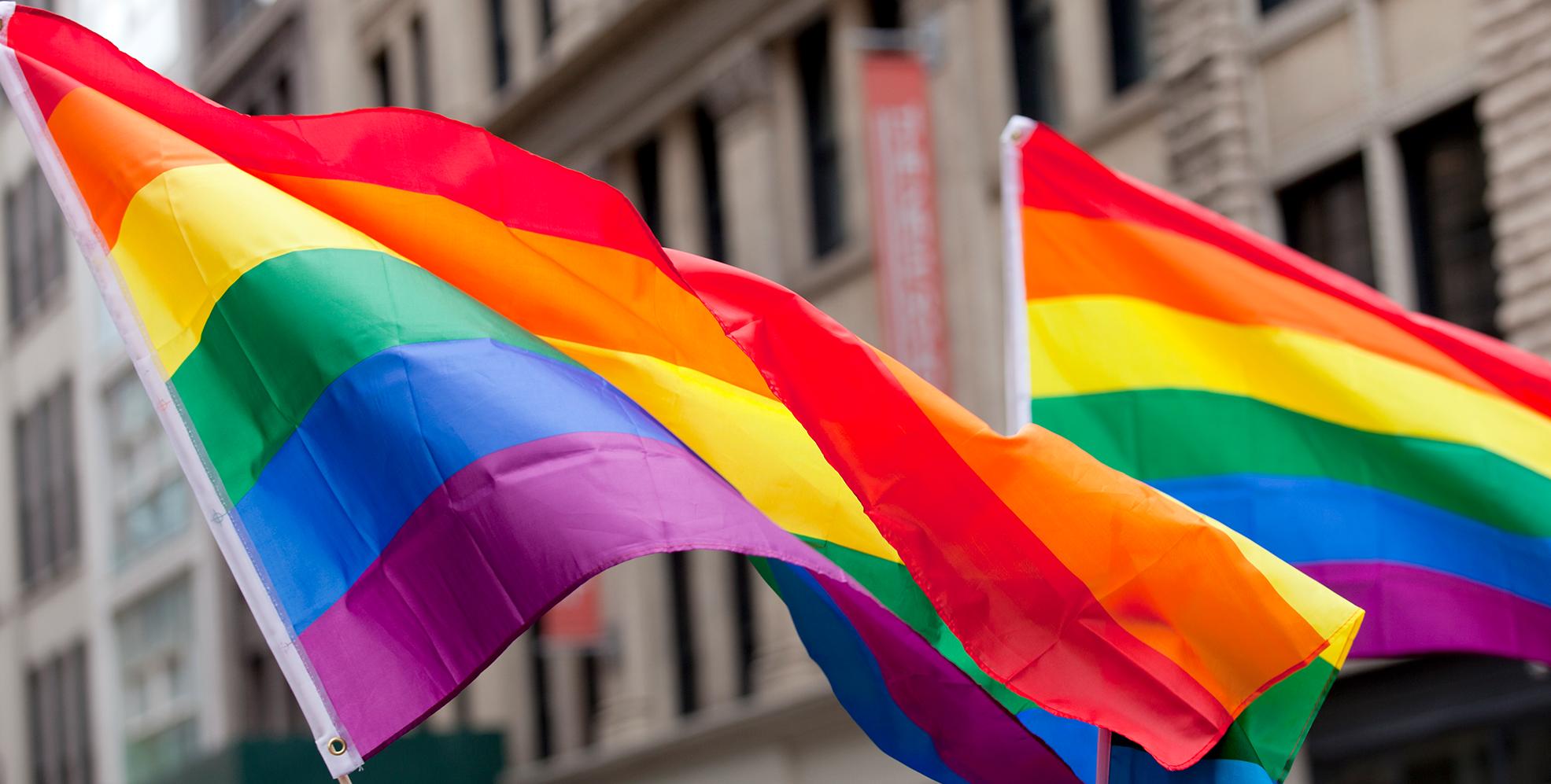 Sondeo: 40% de los jóvenes LGBTQ de EE. UU. consideró suicidarse en el último año
