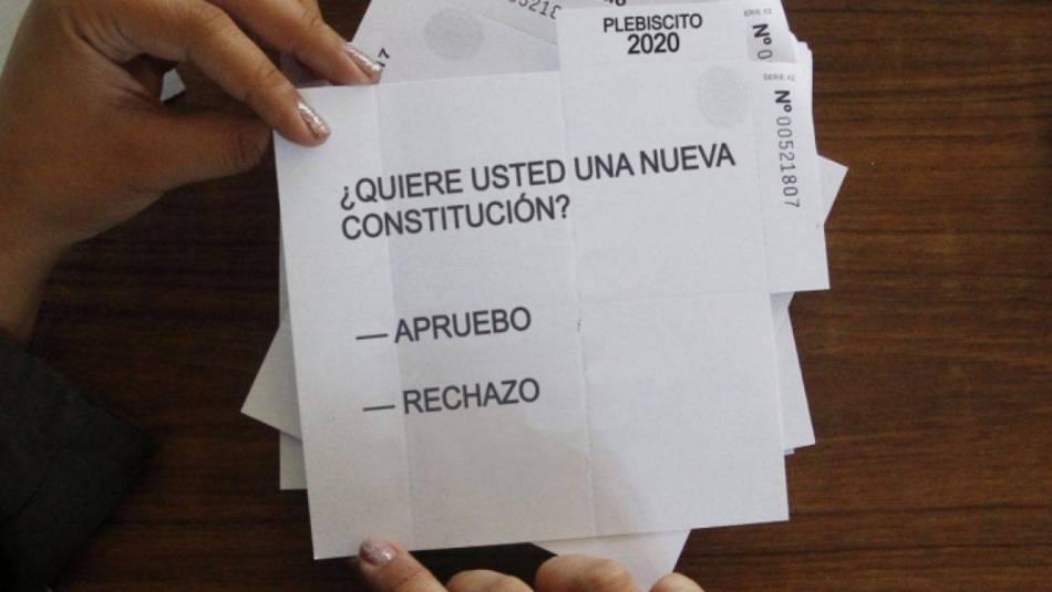 Feministas exigen al Gobierno de Chile garantías para un plebiscito seguro