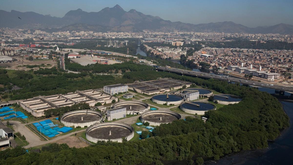 Bolsonaro aprueba una ley que permite la privatización de agua en Brasil