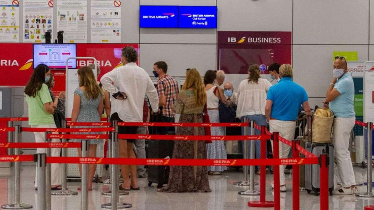 España abrirá sus fronteras a personas vacunadas a partir del 7 de junio
