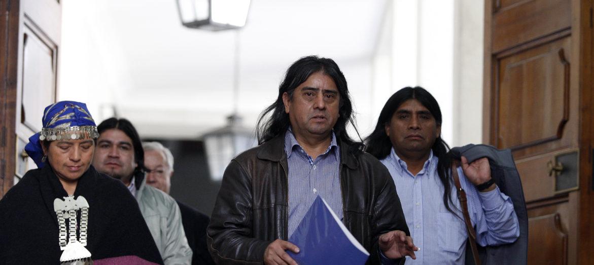 Aucán Huilcaman denuncia  desconocimiento profundo del  gobierno sobre experiencia internacional con policías de pueblos indígenas
