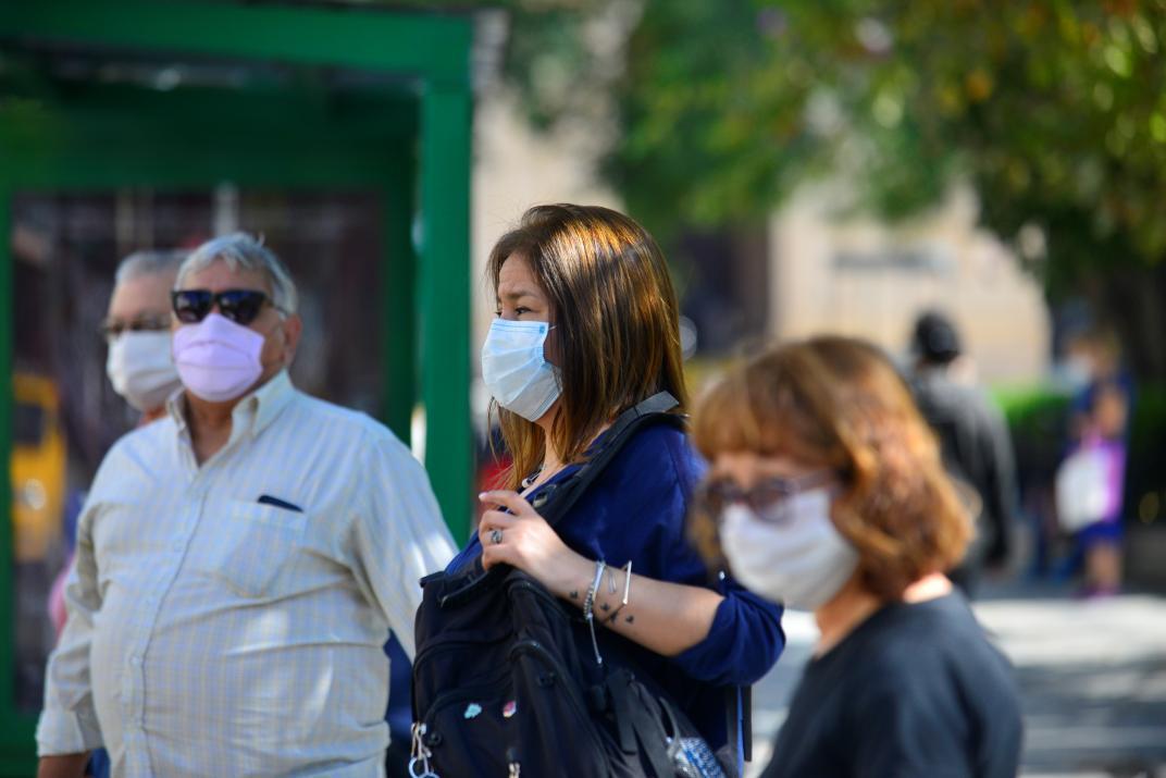 Suman 10 nuevos casos de COVID-19 para la Región de Los Ríos