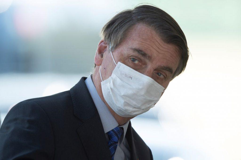 Presidente de Brasil retoma su agenda después de recuperarse de covid-19