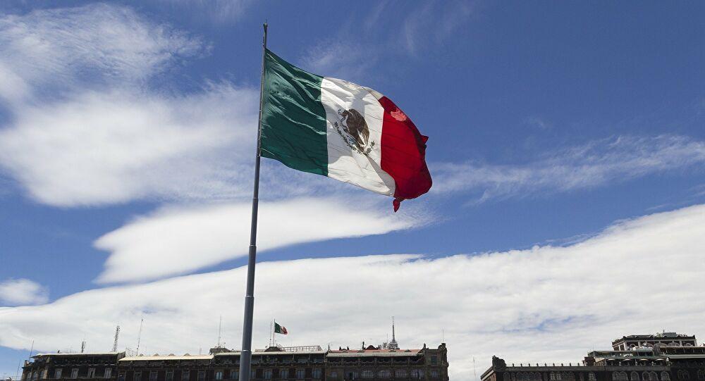 John Ackerman: en México la vieja clase política está destrozada