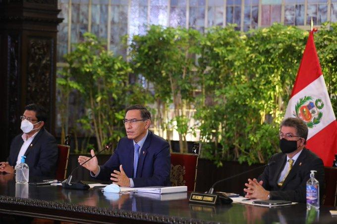 «Soy una persona de palabra»: presidente de Perú convoca elecciones para abril de 2021