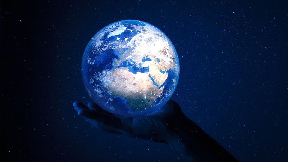 ¿La Tierra está compuesta por cubos como aseguró el filósofo Platón?
