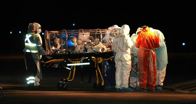 Los Lagos: trasladan a mujer grave por COVID-19 desde Calama hasta el Hospital de Osorno