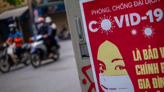 """""""Más infeccioso y peligroso"""": un brote de un nuevo tipo de COVID-19 pone en alerta a Vietnam"""