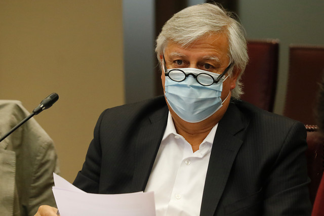 Diputado Gastón Saavedra criticó al Gobierno por plan de inversión en materia de obras públicas