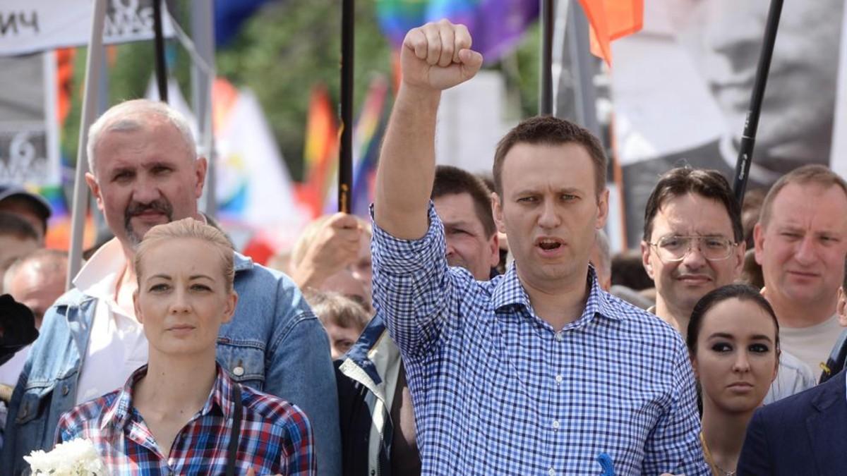 Angela Merkel visitó al opositor ruso Navalni en el hospital Charité