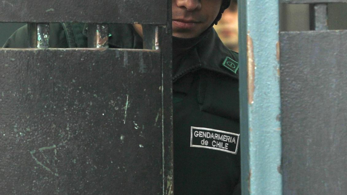 Suspenden a gendarme del CET de Vilcún tras denuncias del machi Celestino Córdova