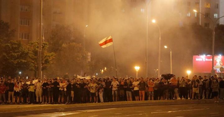 Tercer día de protesta en Bielorrusia: 51 lesionados en una noche