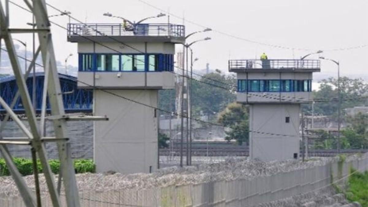 Ecuador: Motín en centro penitenciario culmina con 9 fallecidos