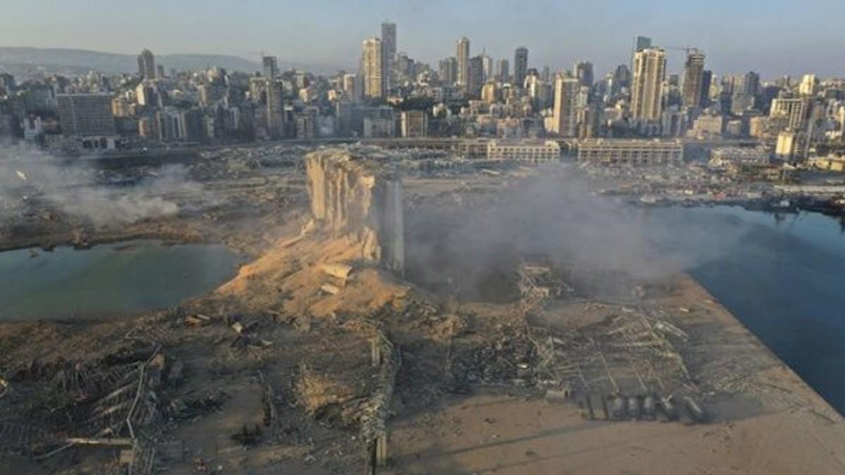 El Líbano no descarta impacto de cohete o bomba como causas de la explosión en Beirut