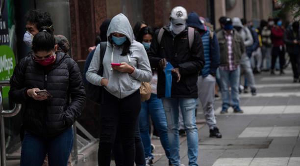 Espacio Público advierte que el Gobierno está jugando a la ruleta rusa con el COVID-19