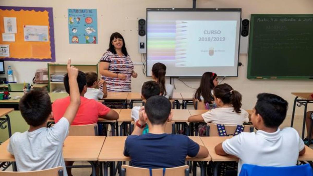 Docentes de Buenos Aires se van de paro en rechazo al regreso a clases presenciales