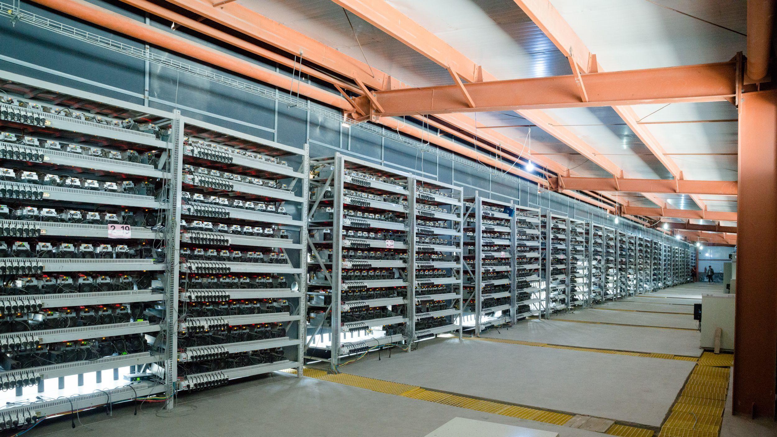 Hosting de criptomonedas para el minado seguro ¿En América Latina o Europa?