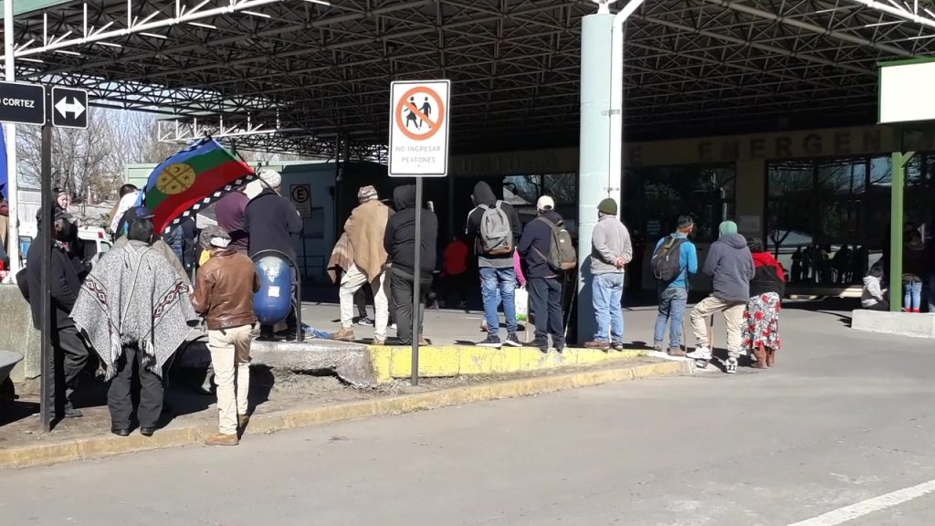 Familiares de presos políticos mapuche denuncian exceso de violencia en traslado a Hospital de Los Ángeles