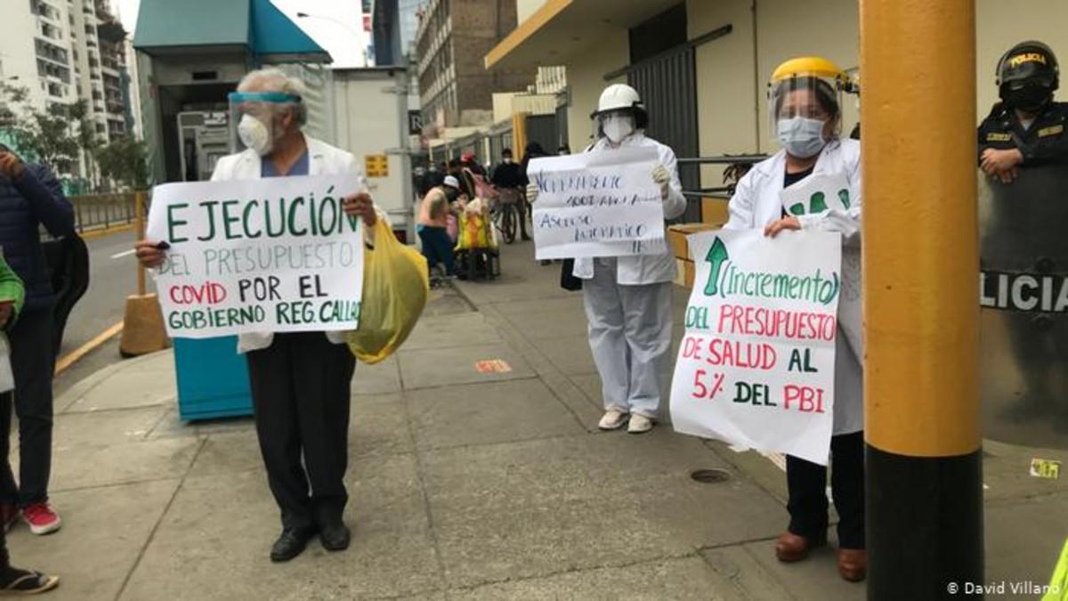 Médicos peruanos inician este miércoles huelga indefinida