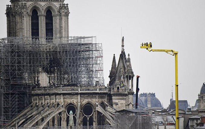 Inicia la restauración del órgano en la catedral de Notre Dame de París