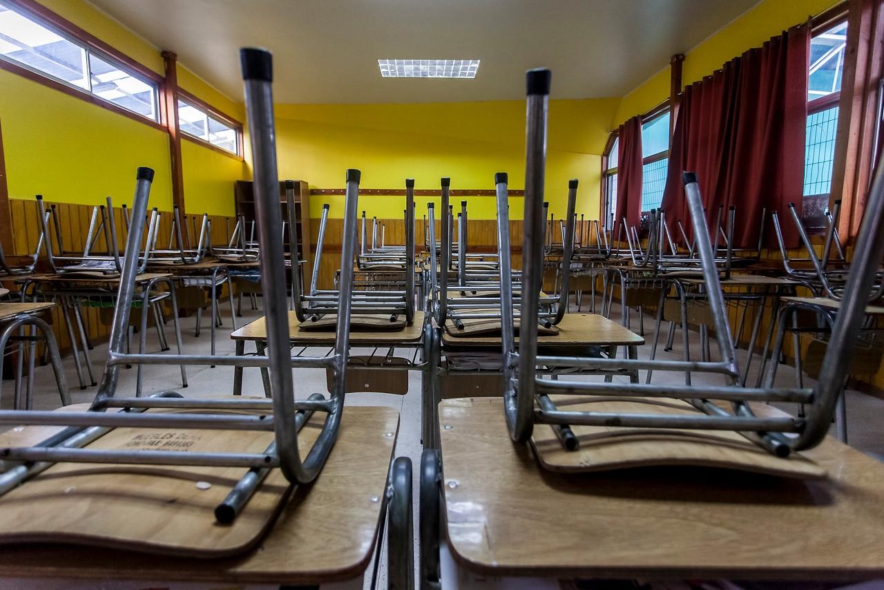 Municipios piden «congelar» proceso de desmunicipalización de colegios