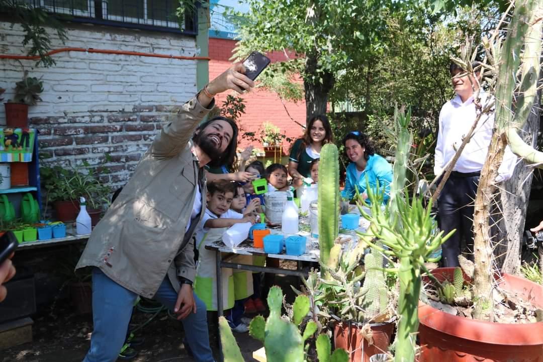 Programa de TV mostrará trabajo medioambiental de la Escuela Básica Ciudad de Lyon de El Bosque
