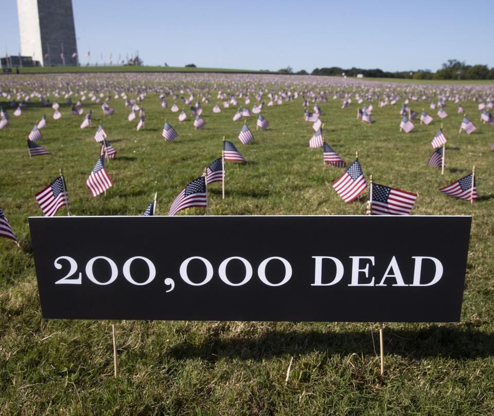 Hito sombrío: EE. UU. superó los 200.000 muertos por Covid-19