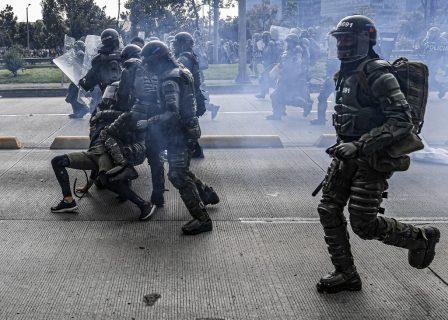 Detenidos y heridos: Paro Nacional en Colombia culminó con represión policial