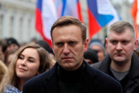 Empleados de Navalni podrían ir a la cárcel por sacar de Rusia un supuesto agente tóxico