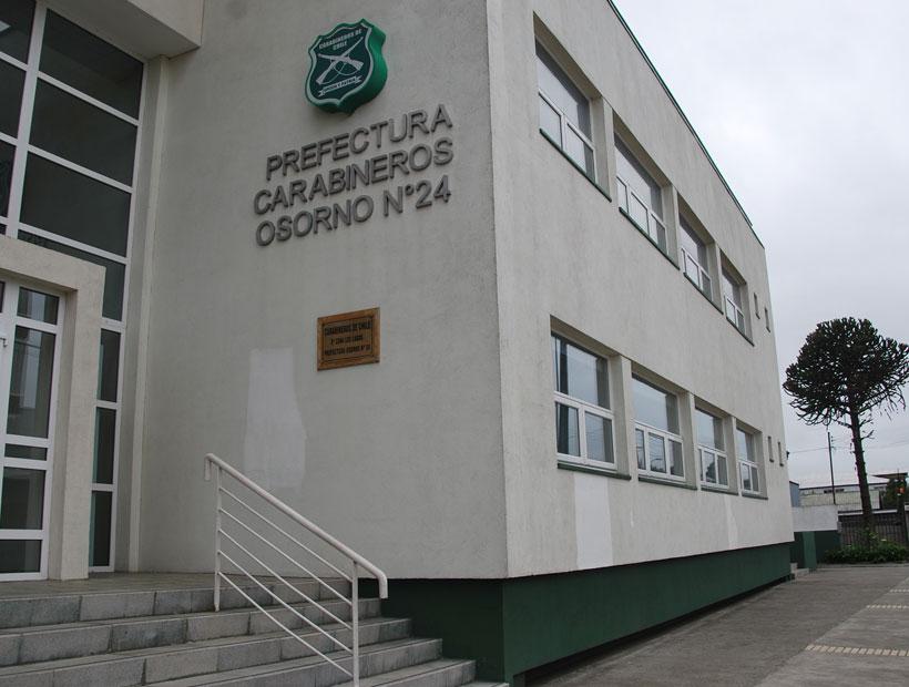 Investigan a teniente de Carabineros por lanzar gas pimienta a detenidos en comisaría de Osorno