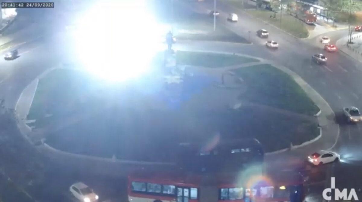 Nuevo acto de censura contra el Colectivo Delight Lab: Carabineros interrumpió proyección lumínica en Plaza Dignidad