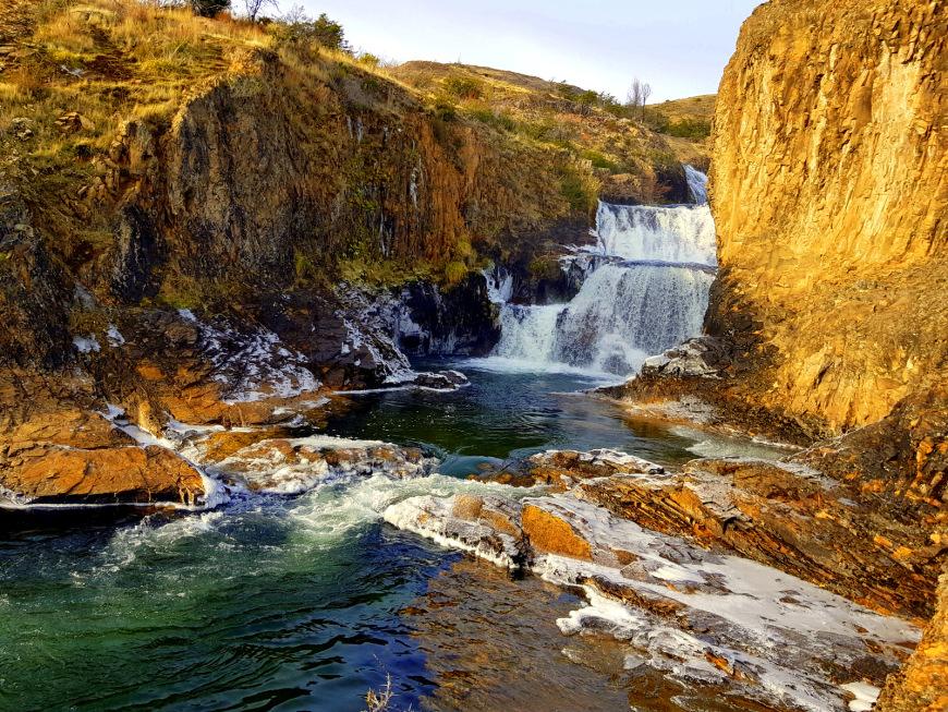 Grave: Derechos de agua de hidroeléctrica en Aysén está bloqueando suministro a pobladores de Puerto Guadal