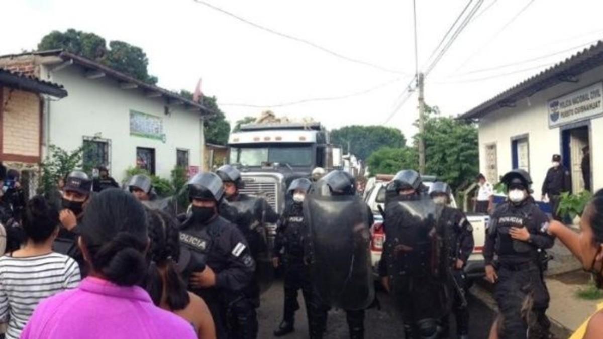 Condenan represión policial contra mujeres indígenas en El Salvador