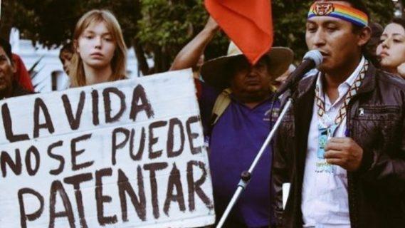 Indígenas se suman a protestas sindicales en Ecuador
