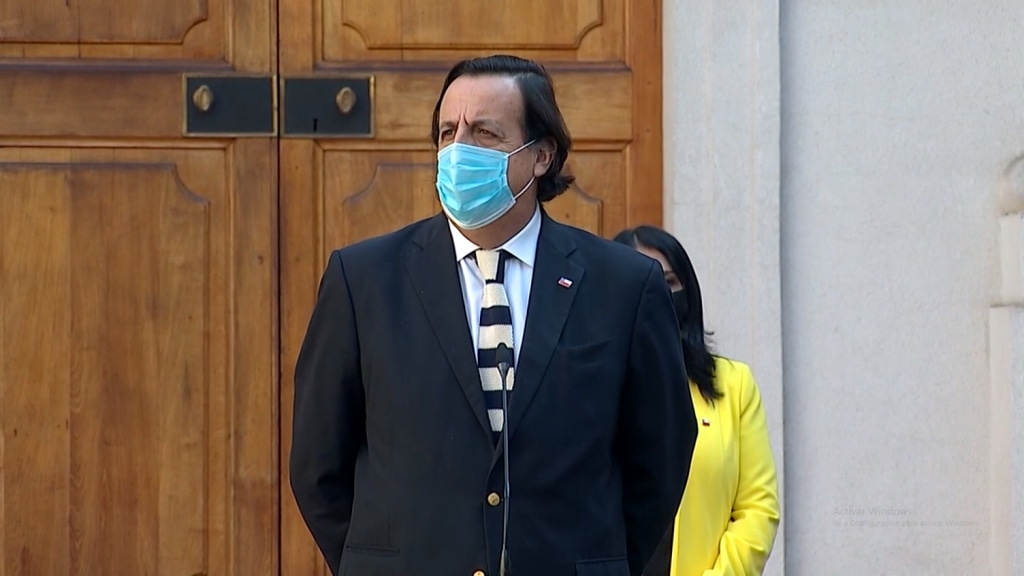 Critican «defensa corporativa» del Ministro del Interior a Carabineros por sumario de Contraloría