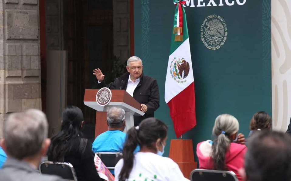 López Obrador anuncia que se ejecutarán órdenes de aprehensión contra militares por caso Ayotzinapa
